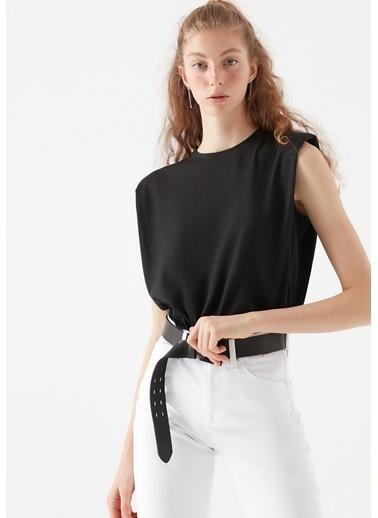 Mavi Kadın  Vatkalı   Tişört 1600246-900 Siyah